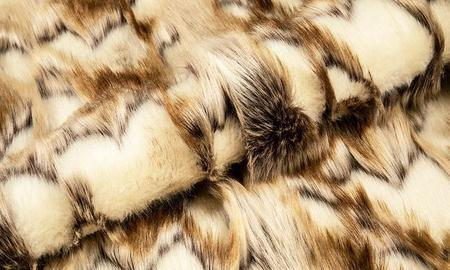 Brief introduction of artificial fur needle fabric